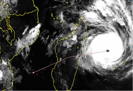 Super cyclone Giovanna marches towards Madagascar on IR satellite, with its predicted path. (Source: Sat24)